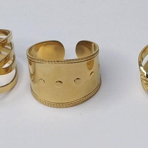 anillo dorado ancho